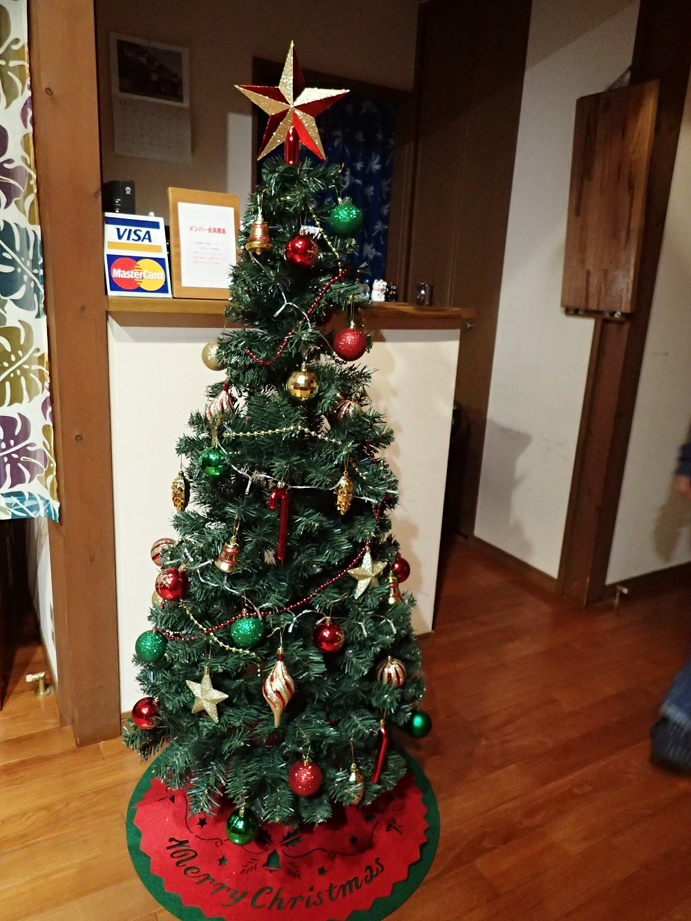 店内クリスマスツリー