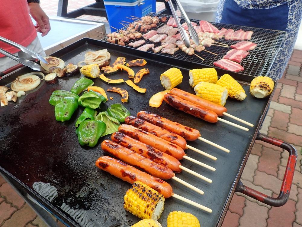 BBQ食材、フランクフルト、とうもろこし、焼き鳥、イカ