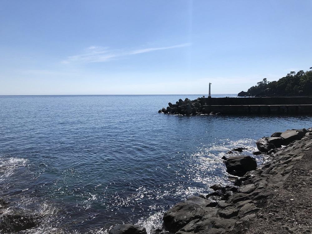 今日の富戸・穏やかな水面
