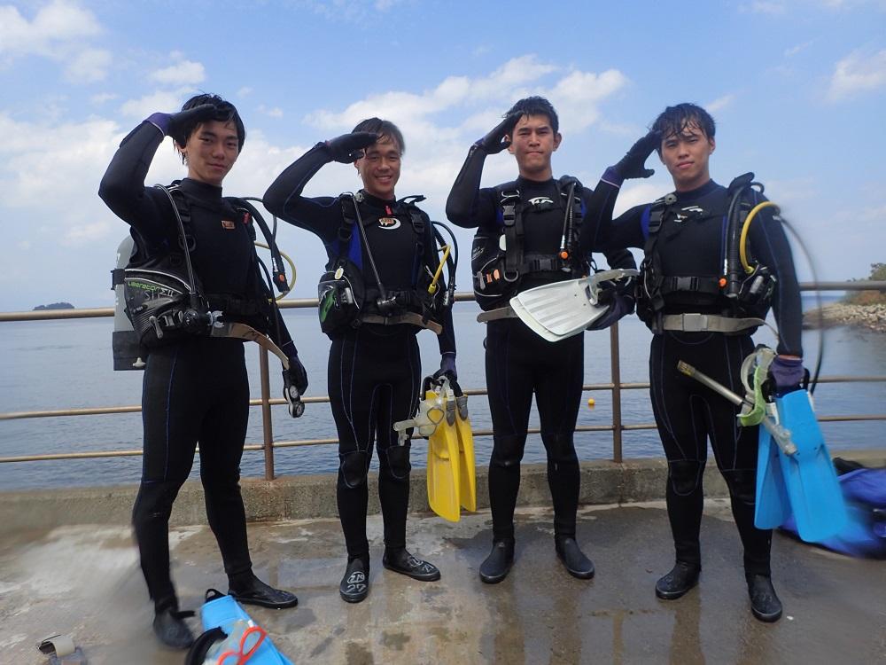 我ら海猿・大学院生4名の皆さん