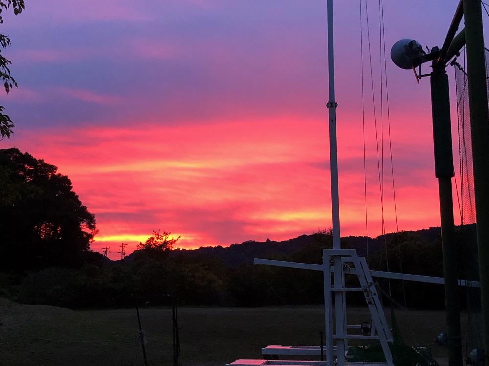 空を染める夕焼け