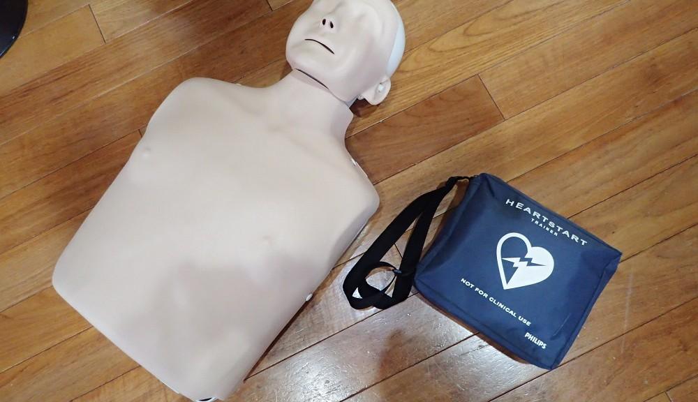練習機・レサシアン&AED