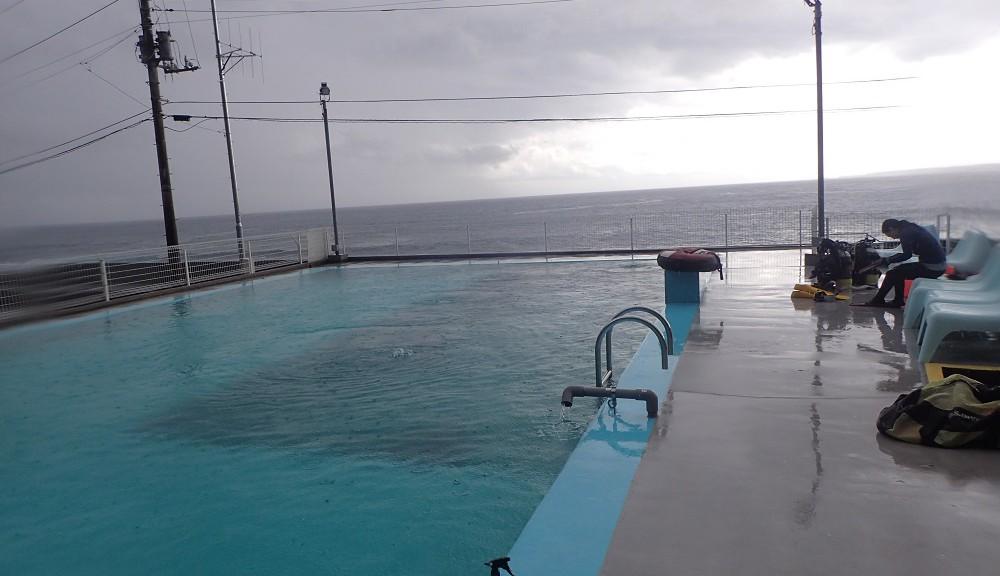 稲取温水プールにてレスキュー講習