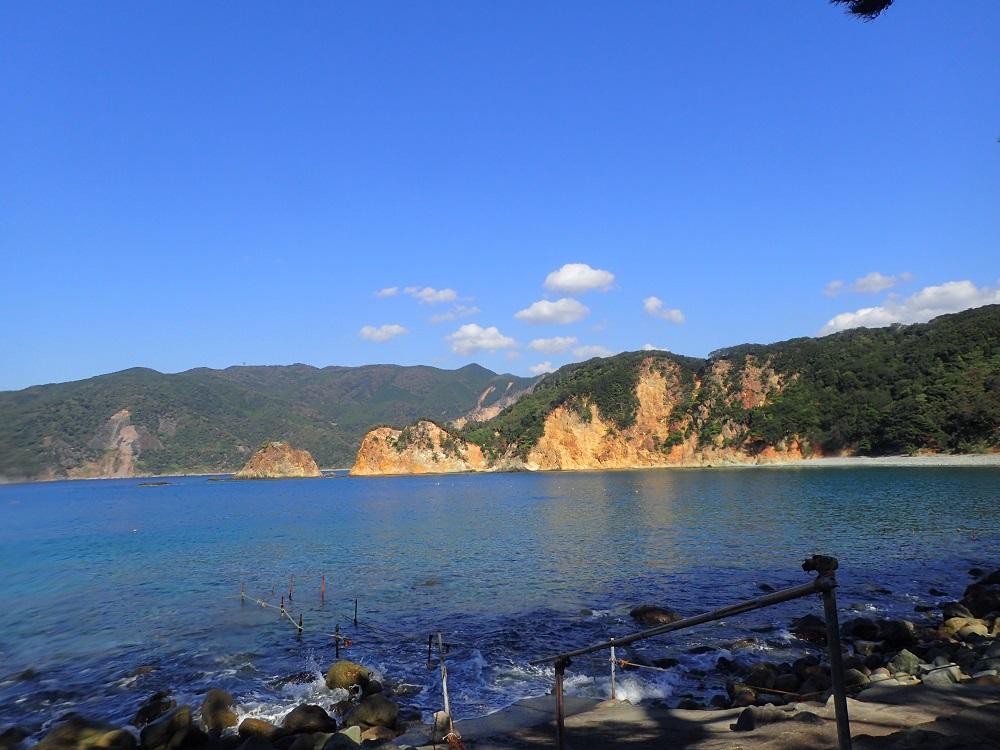 風光明媚な黄金崎ビーチ
